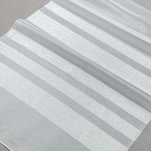 Firana POL-SAVA 001 /300/ 002 biały podkład z ciemno srebrnymi paskami