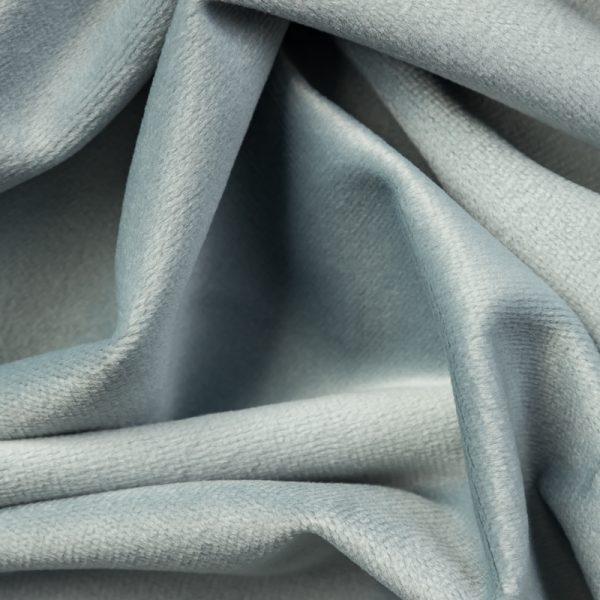 Velvet kol. 24- błękitny jasny zimny